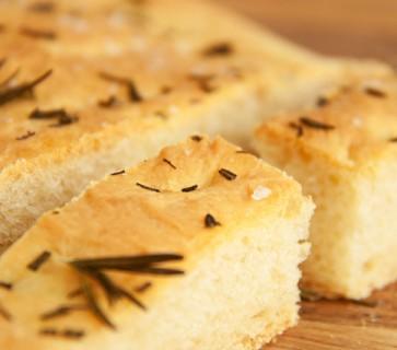Italiaans breekbrood zelf maken: Schiacciata