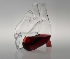 Drink wijn uit een hart