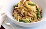 Supersnel en superlekker: linguine met shiitake & groene asperges