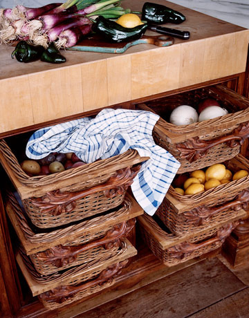 hbx-cohen-0910-kitchen-baskets-de-24101817_rect540