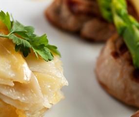 Gegratineerde aardappeltorentjes uit de oven