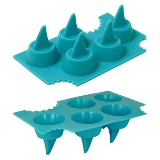 shark-fin-ice-cube-tray-2