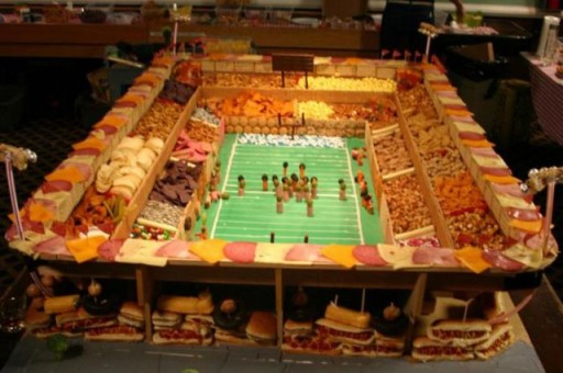 super_bowl_stadiums_made_of_snacks_640_04 (Super Bowl Stadiums Made of Snacks)