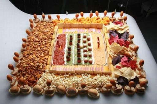 super_bowl_stadiums_made_of_snacks_640_09 (Super Bowl Stadiums Made of Snacks)