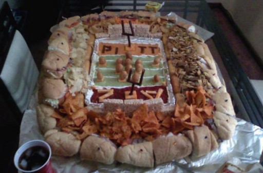 super_bowl_stadiums_made_of_snacks_640_10 (Super Bowl Stadiums Made of Snacks)