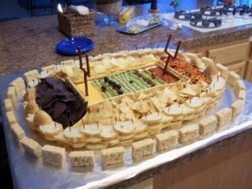 super_bowl_stadiums_made_of_snacks_640_11 (Super Bowl Stadiums Made of Snacks)