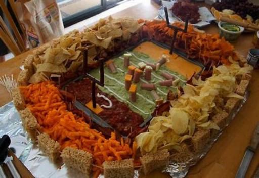 super_bowl_stadiums_made_of_snacks_640_15 (Super Bowl Stadiums Made of Snacks)