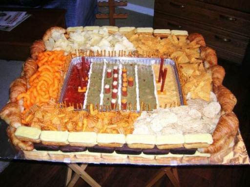 super_bowl_stadiums_made_of_snacks_640_16 (Super Bowl Stadiums Made of Snacks)