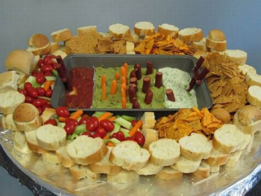 super_bowl_stadiums_made_of_snacks_640_17 (Super Bowl Stadiums Made of Snacks)