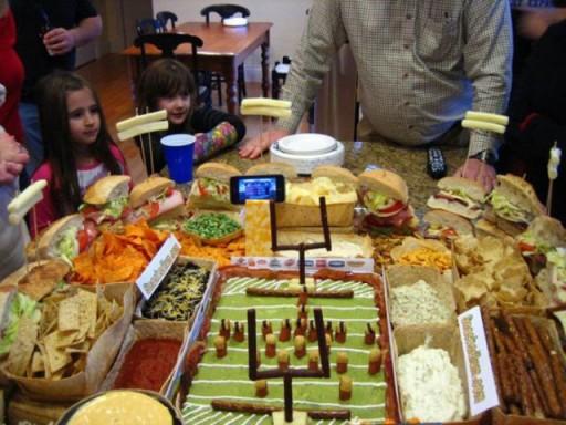 super_bowl_stadiums_made_of_snacks_640_18 (Super Bowl Stadiums Made of Snacks)