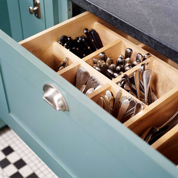 vertical_kitchen_storage_053111