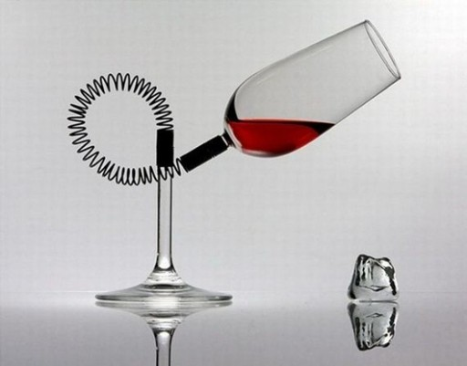 30-of-the-Most-Creative-Unique-Ridiculous-Wine-Glasses.-1 (1)