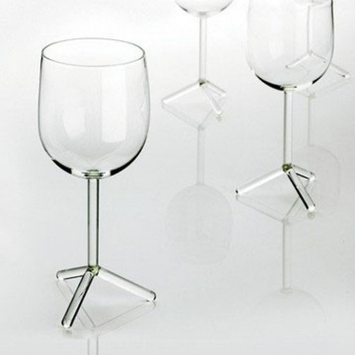 30-of-the-Most-Creative-Unique-Ridiculous-Wine-Glasses.-24