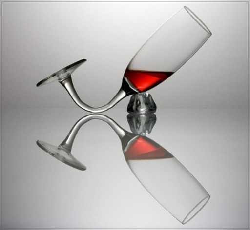 30-of-the-Most-Creative-Unique-Ridiculous-Wine-Glasses.-27