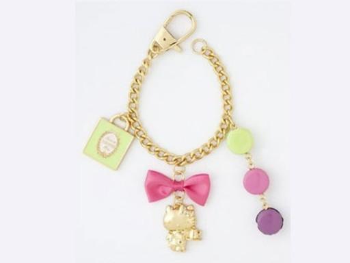 hello-kitty-laduree-bracelet