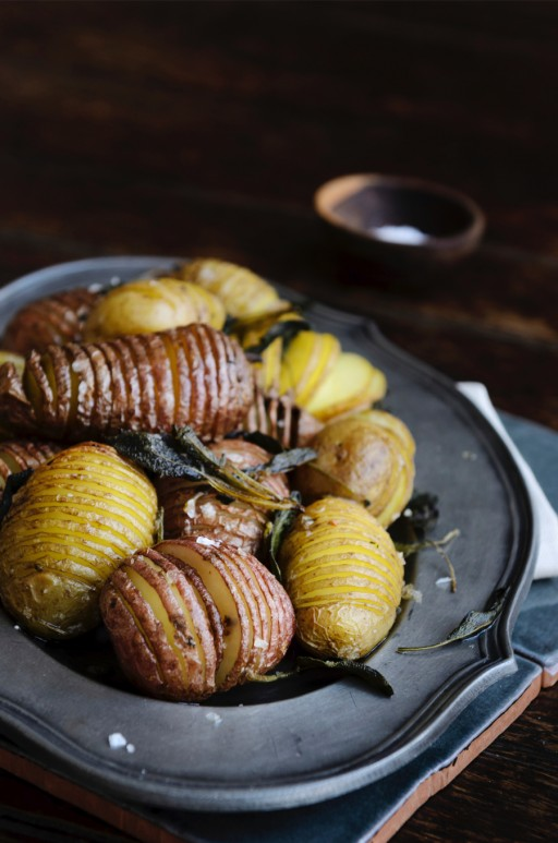 Culy Stock 0002 potatoes hasselback