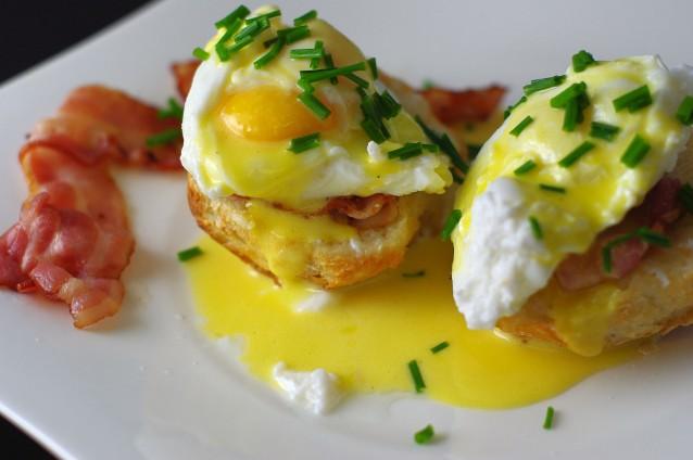 heerlijke varianten op Eggs Benedict - Culy.nl