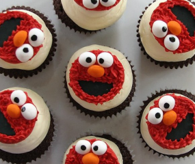 Sesamstraat's Elmo goes culy