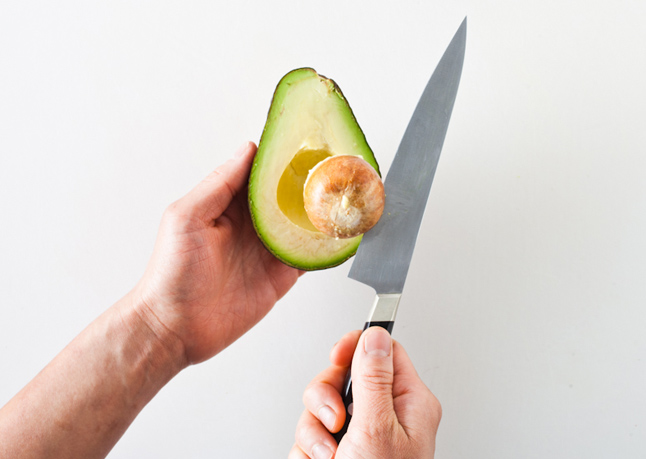 how to cut an avocado safely