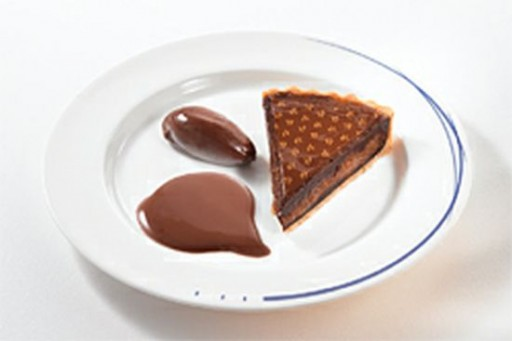 pierre_herm_desserts_for_ana_airways_first_class_passengers_xtbm7