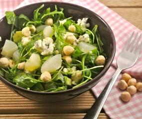 Salade met peer, roquefort en avocado
