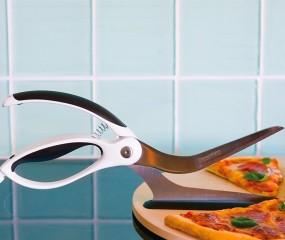 Schat, knip jij de pizza even?
