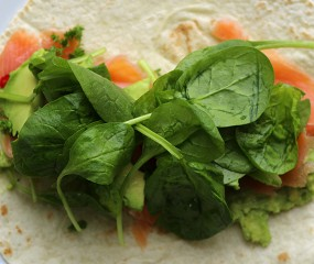 Culy Homemade: frisse zalm avocado wrap in 5 minuutjes
