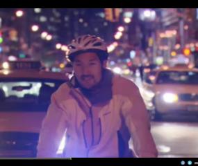 Video: de gekte van pizza bezorgen in New York