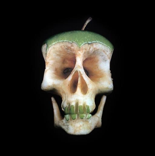 carved-fruit-vegetable-skulls-dimitri-tsykalov-9