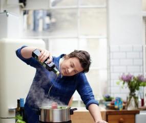 Jamie Oliver maakt keukenmachine voor Philips