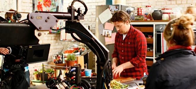 jamie oliver maakt keukenmachine voor philips. Black Bedroom Furniture Sets. Home Design Ideas