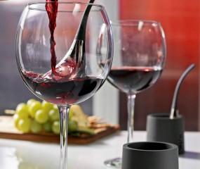 Handige gadget: koel je wijn supersnel met Wine Chill Drops
