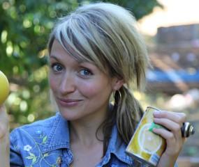 Britse versie van Keuringsdienst van Waarde onderzoekt: poep in Engelse yoghurt