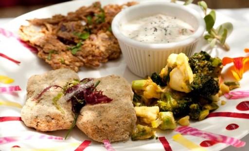 restaurantsplanetrawfood-8282012-185244_horiz-large