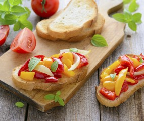 Bruschetta met gegrilde paprika