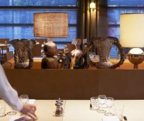 Philippe Starck opent restaurant 'Ma Cocotte' op Parijse vlooienmarkt