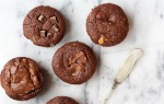 Culy Homemade: brownie muffins met chocolate chunks & pindakaas swirl