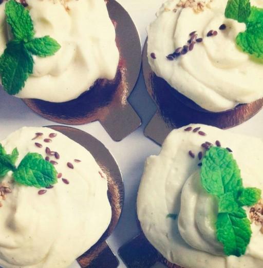 Angele cupcake.