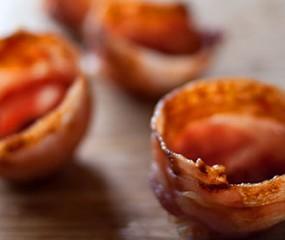 Schaaltjes maken van... Bacon!