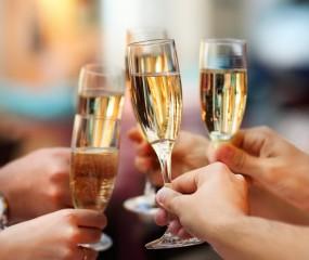 Bruisend het nieuwe jaar in: bubbels met een twist