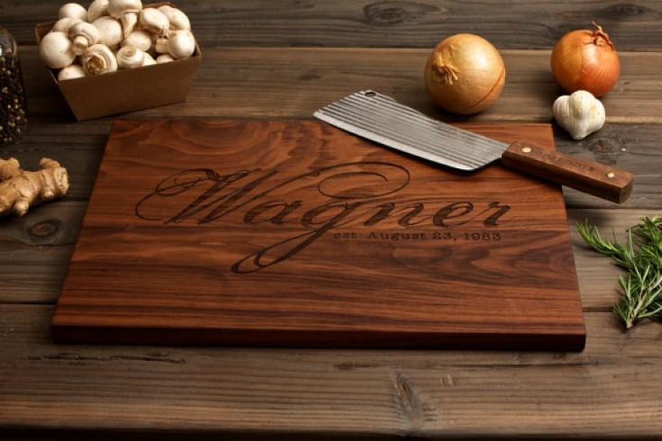 Origineel cadeau een gepersonaliseerde snijplank - Gepersonaliseerde keuken ...