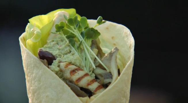 Afbeelding van wraps met gegrilde kip en oesterzwammen