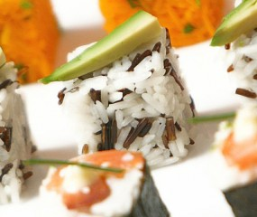 Handige gadget om snel maki sushi te maken