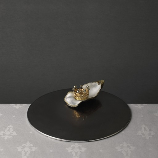 Marie Cecile Thijs - Food Series - Royal Oyster - Courtesy  Eduard Planting Gallery