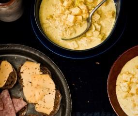Groningse mosterdsoep met roggebrood