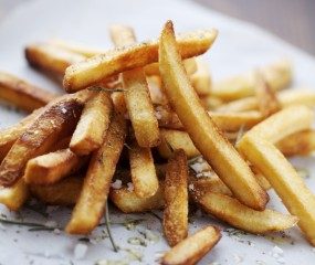 Bij deze frietkoten haal je de lekkerste friet van België