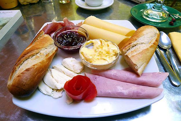 18 ontbijtjes in 18 landen hoe ontbijt men wereldwijd for Menu cinese tipico