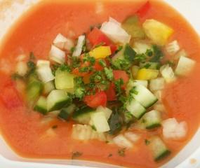 Super easy zomerse gazpacho