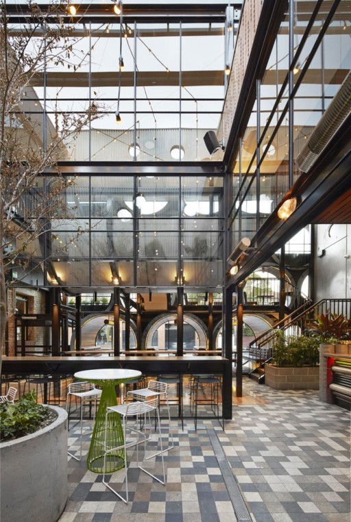 Prahran-Hotel-Melbourne-Australia-yatzer-10