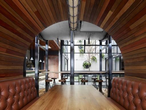 Prahran-Hotel-Melbourne-Australia-yatzer-14